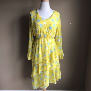Dresses & Skirts - Yellow floral dress